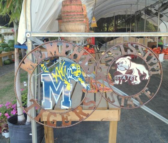 Juxtaposition-Memphis-Tigers-MSU-Bulldogs