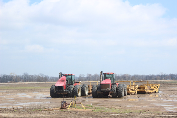 Side by Side: Tractors Deep in Conversation
